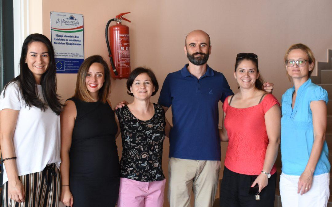 A szerbiai projektpartnerek részt vettek a Mórahalmi műhelyben